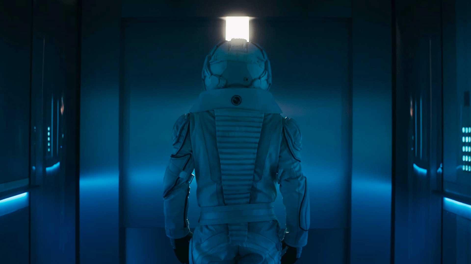 astronaute casque espace combinaison lumières bleu